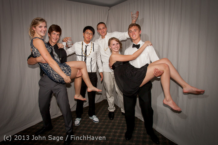 8307-a_VHS_Homecoming_Dance_2013_101213