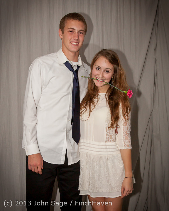 8335-b_VHS_Homecoming_Dance_2013_101213