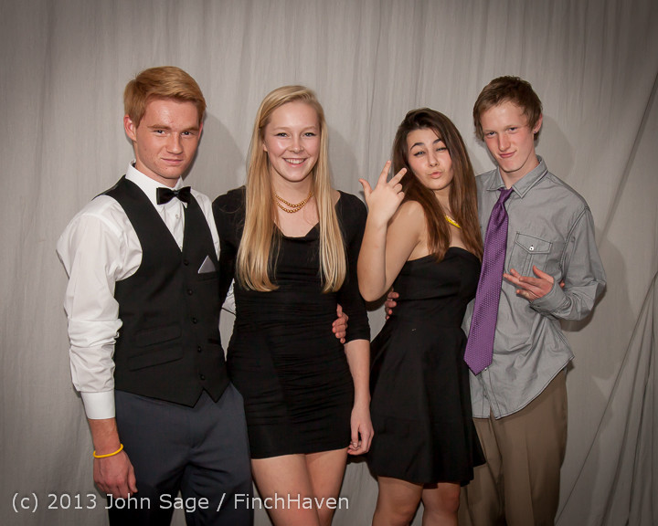 8375-b_VHS_Homecoming_Dance_2013_101213