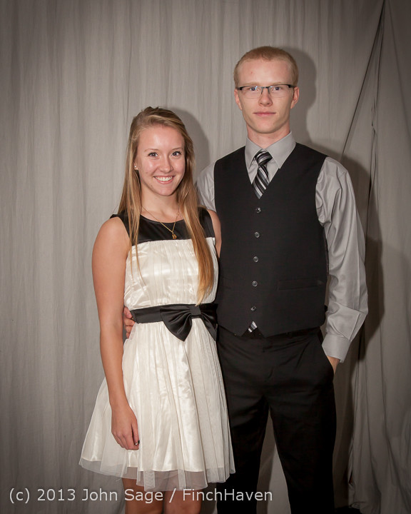 8387-b_VHS_Homecoming_Dance_2013_101213