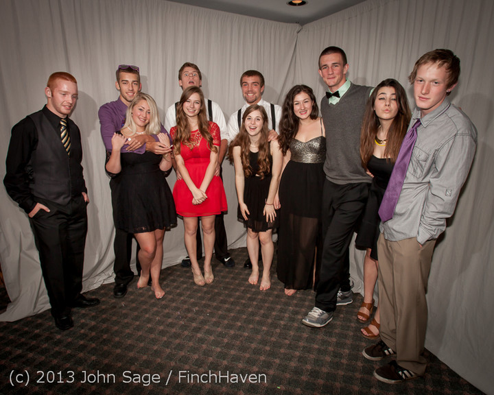 8445_VHS_Homecoming_Dance_2013_101213