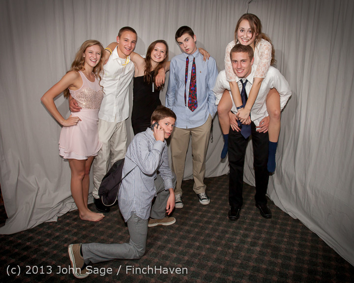 8459-a VHS Homecoming Dance 2013 101213