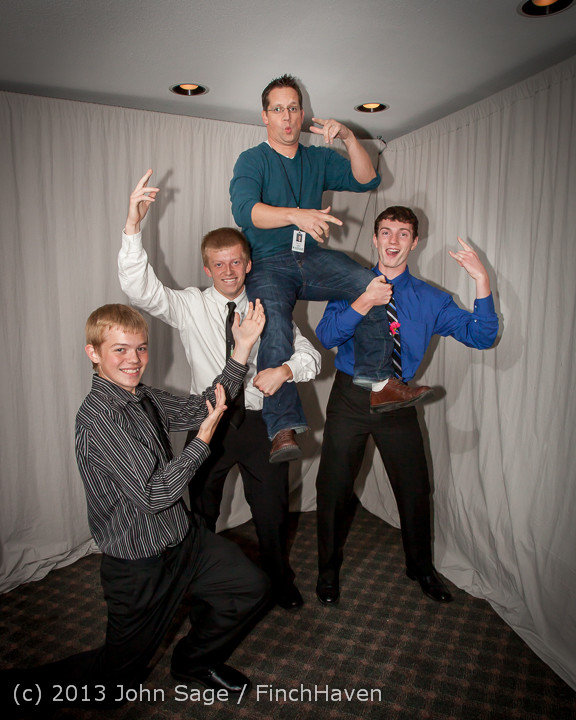 8467-a_VHS_Homecoming_Dance_2013_101213