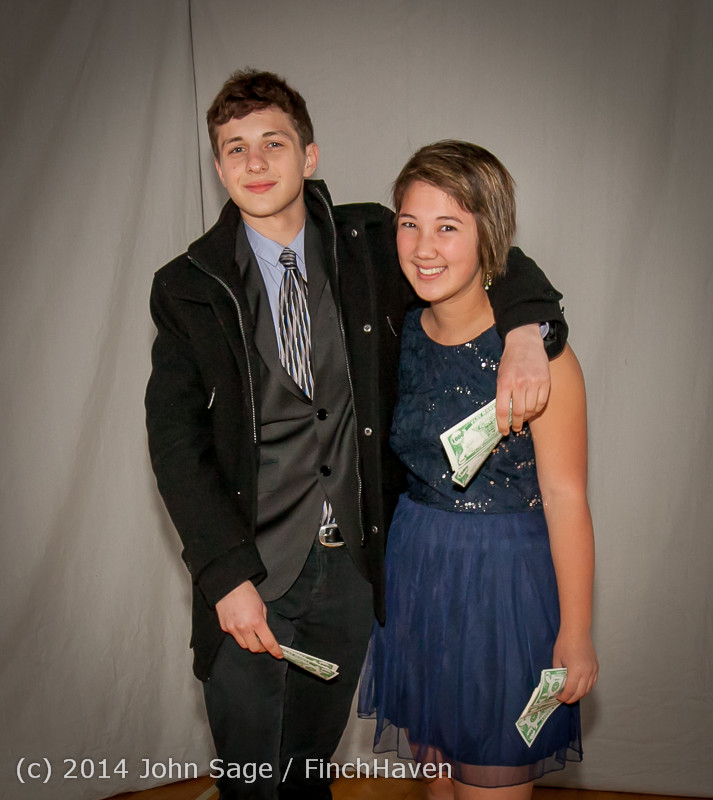 9091-a VHS Homecoming Dance 2014 102514