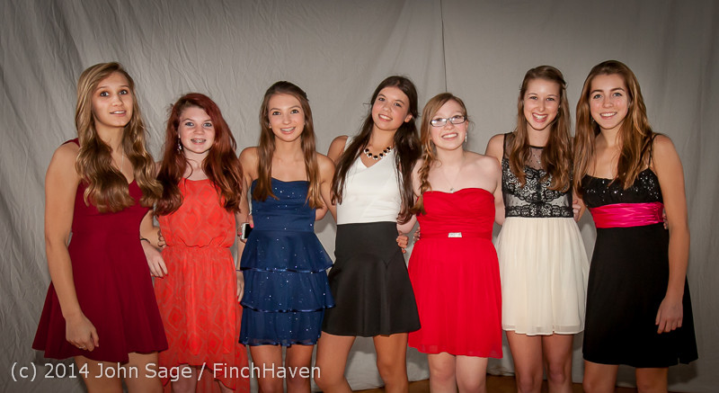 9093-a VHS Homecoming Dance 2014 102514