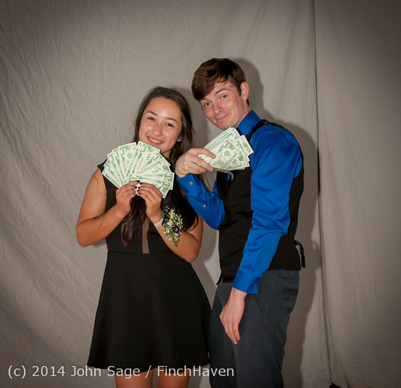 9135-a VHS Homecoming Dance 2014 102514