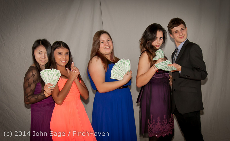 9161-a VHS Homecoming Dance 2014 102514
