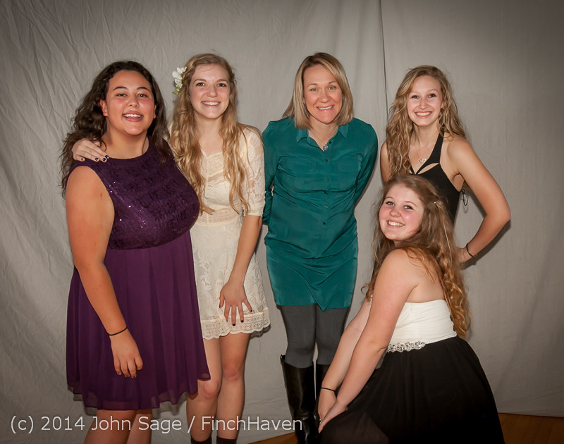 9193-a VHS Homecoming Dance 2014 102514