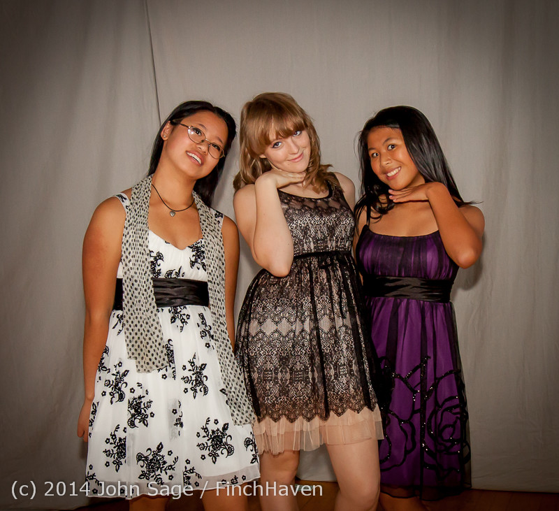 9289-a VHS Homecoming Dance 2014 102514
