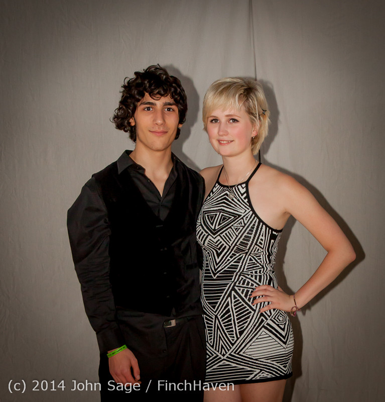9299-a_VHS_Homecoming_Dance_2014_102514