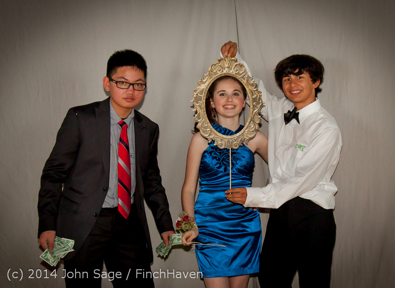 9317-a VHS Homecoming Dance 2014 102514