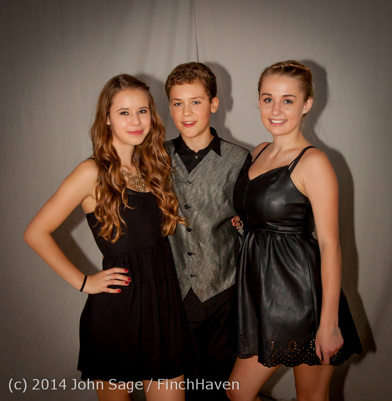 9325-a VHS Homecoming Dance 2014 102514