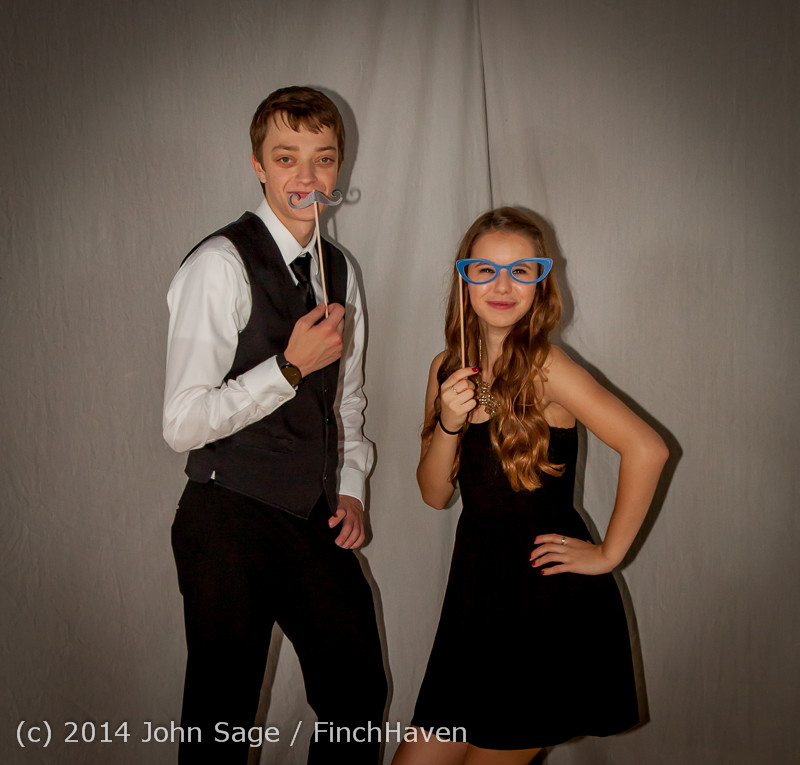 9326-a VHS Homecoming Dance 2014 102514