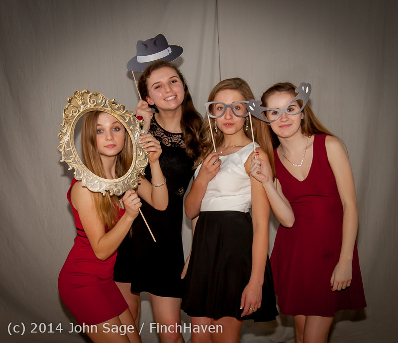 9346-a VHS Homecoming Dance 2014 102514