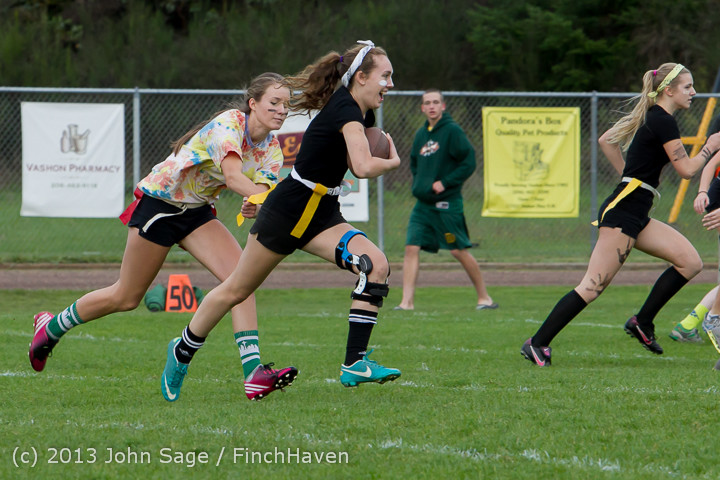 20765_VHS_Powderpuff_Game_2013_101113