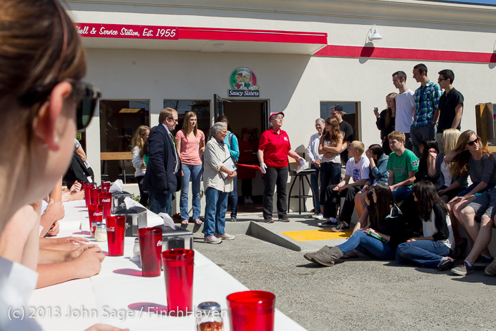 0536 Saucy Sisters Pizza Opening 050813