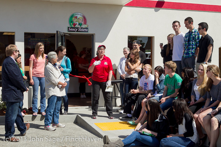 0540 Saucy Sisters Pizza Opening 050813