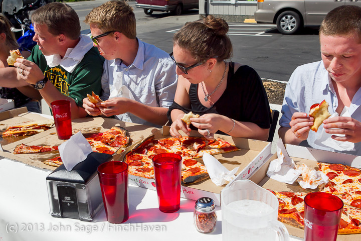 0778_Saucy_Sisters_Pizza_Opening_050813