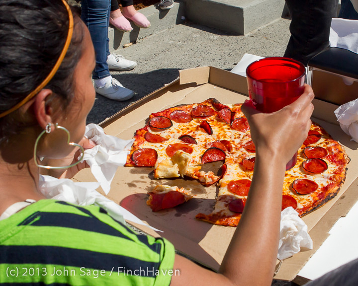 0815 Saucy Sisters Pizza Opening 050813