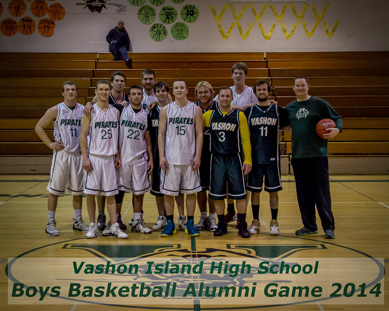 9834-a_VIHS_Boys_BBall_Alumni_Game_2014_121914