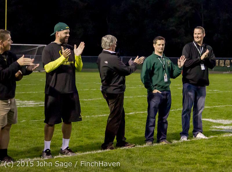 21034 VIHS Fall Cheer Football Seniors Night 2015 101615