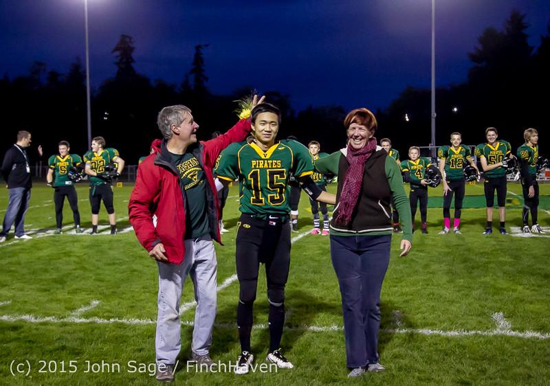 21193 VIHS Fall Cheer Football Seniors Night 2015 101615