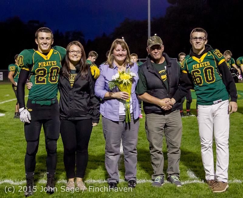 21206 VIHS Fall Cheer Football Seniors Night 2015 101615