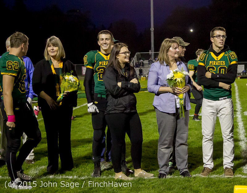 21253 VIHS Fall Cheer Football Seniors Night 2015 101615