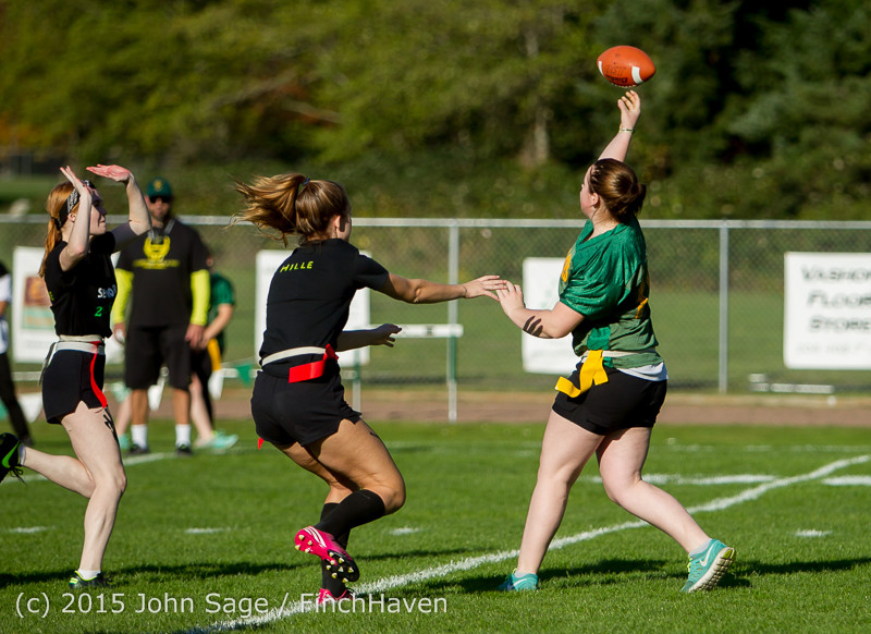 18512_VIHS_Powderpuff_Game_Homecoming_2015_101615