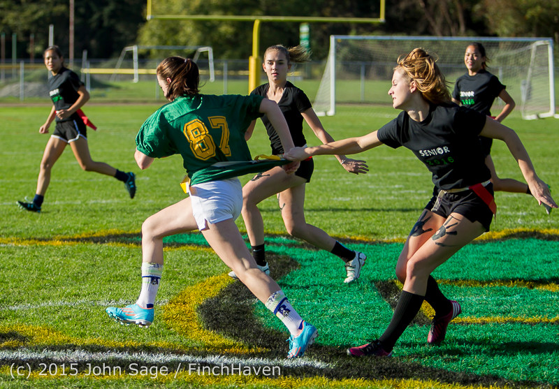 18753_VIHS_Powderpuff_Game_Homecoming_2015_101615