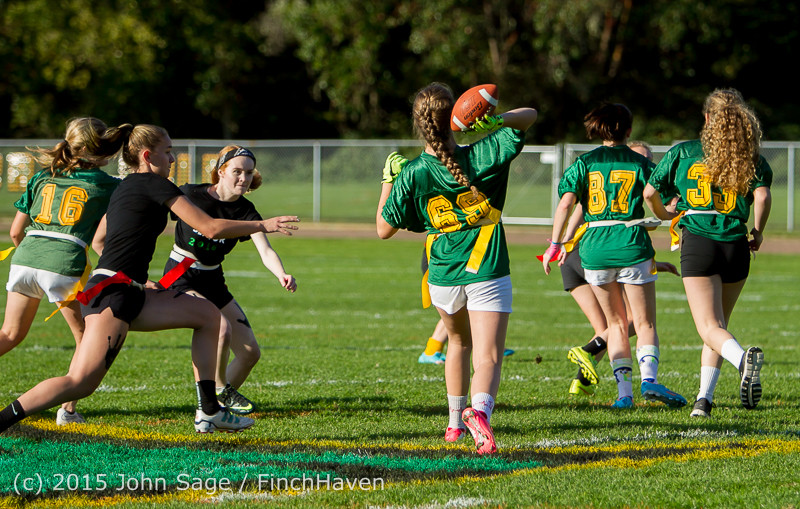 18806 VIHS Powderpuff Game Homecoming 2015 101615