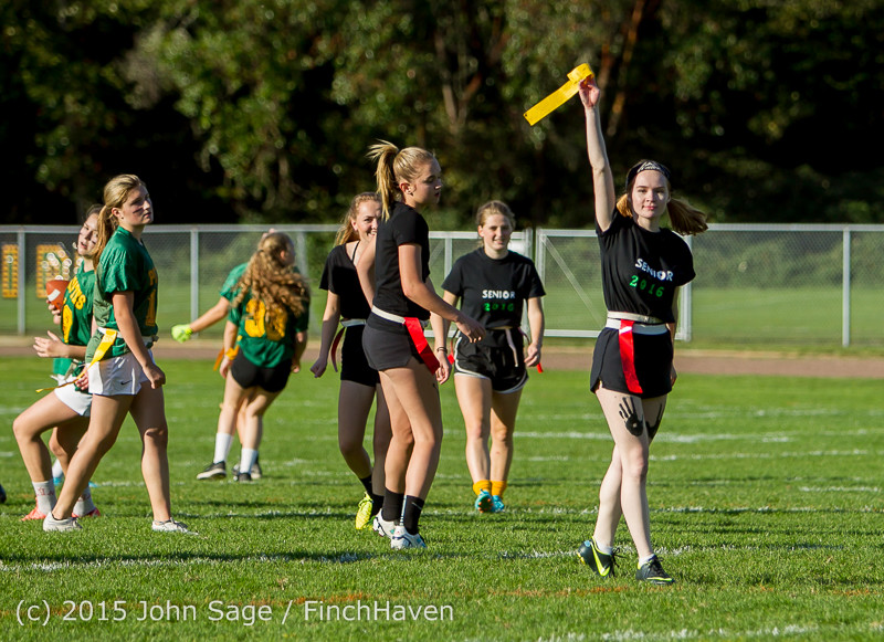 18856_VIHS_Powderpuff_Game_Homecoming_2015_101615