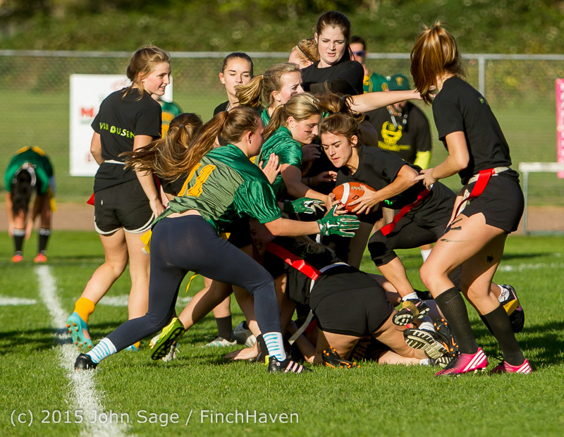 20237_VIHS_Powderpuff_Game_Homecoming_2015_101615