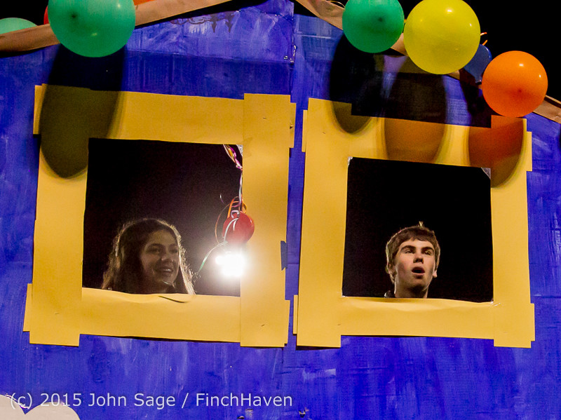 23154 VIHS Homecoming Court and Parade 2015 101615