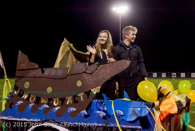 23256 VIHS Homecoming Court and Parade 2015 101615