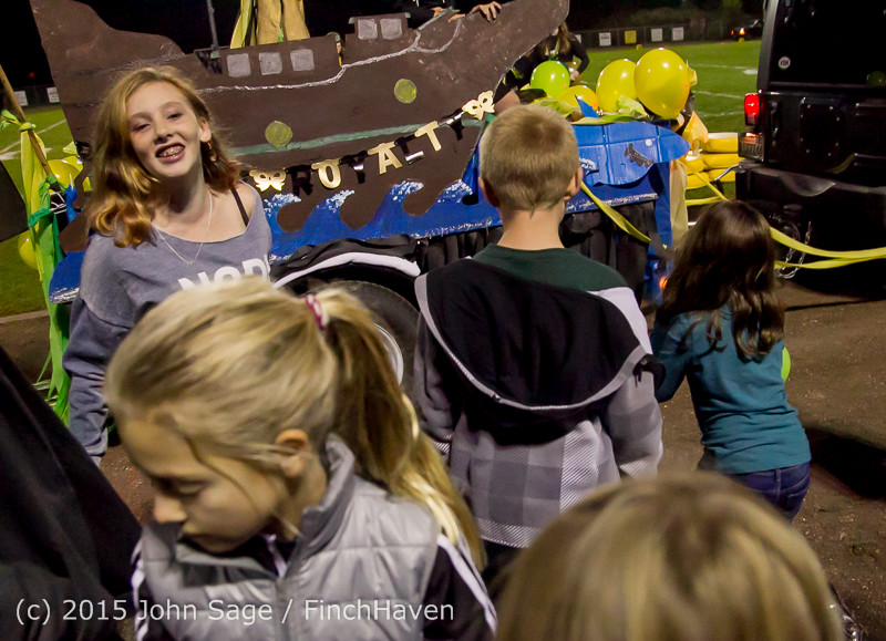 23273_VIHS_Homecoming_Court_and_Parade_2015_101615