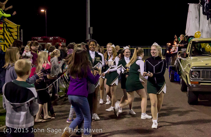 23338 VIHS Homecoming Court and Parade 2015 101615