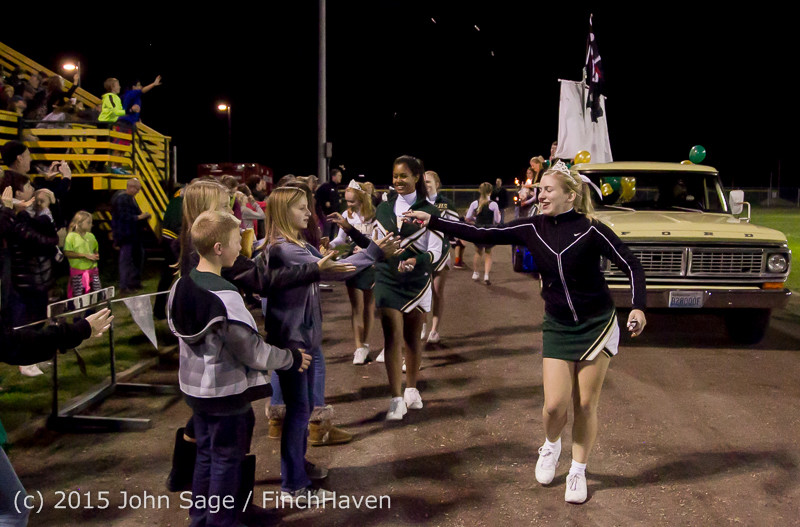 23345 VIHS Homecoming Court and Parade 2015 101615