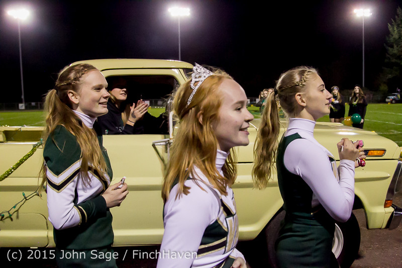 23388 VIHS Homecoming Court and Parade 2015 101615