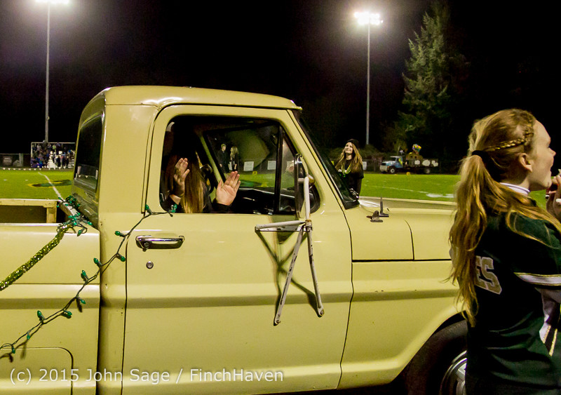 23398 VIHS Homecoming Court and Parade 2015 101615