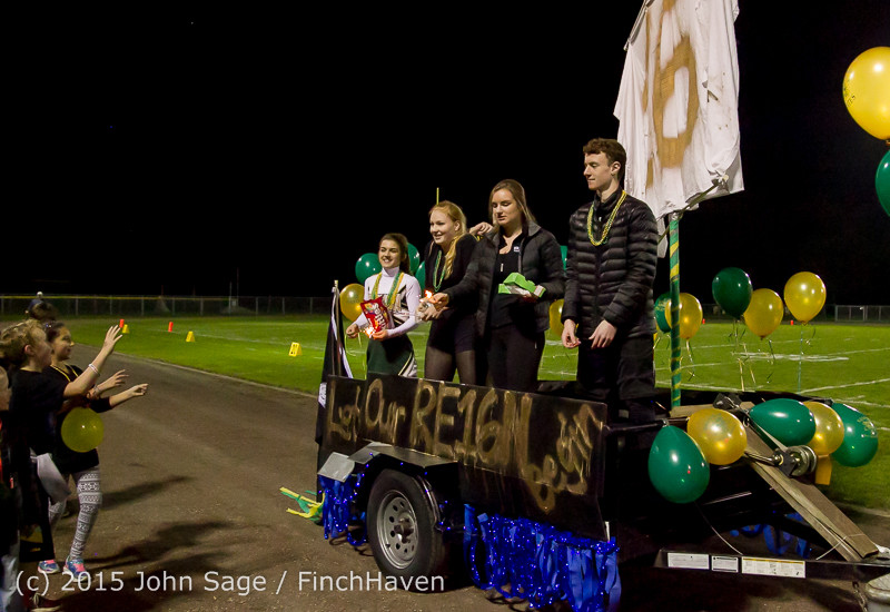 23403 VIHS Homecoming Court and Parade 2015 101615