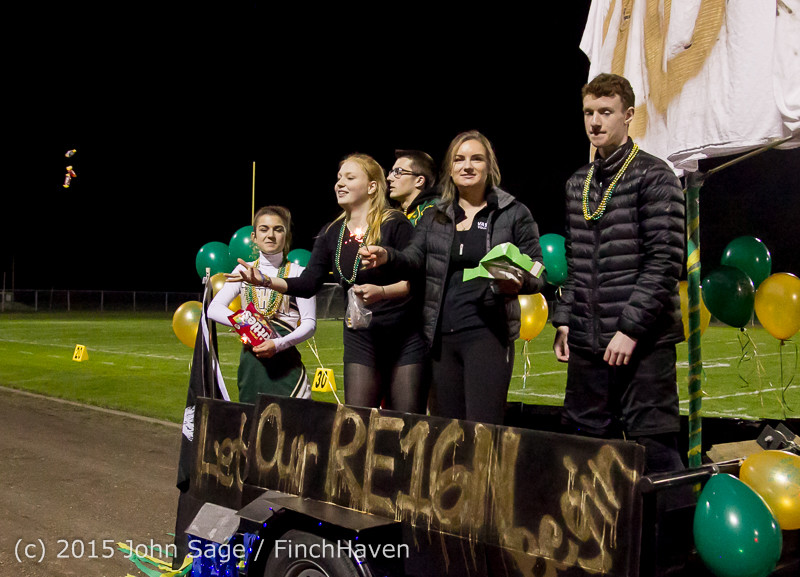 23409 VIHS Homecoming Court and Parade 2015 101615