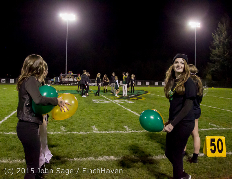 23468 VIHS Homecoming Court and Parade 2015 101615