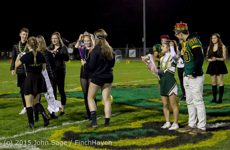 23569 VIHS Homecoming Court and Parade 2015 101615