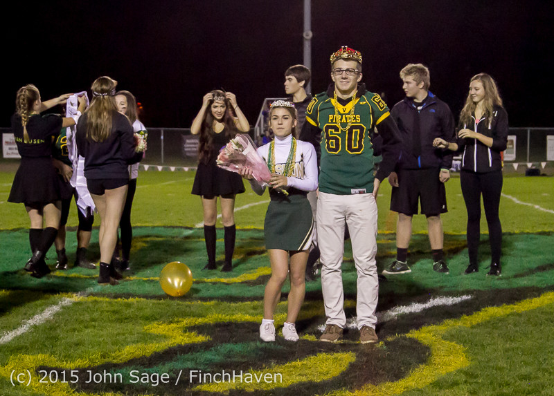 23579 VIHS Homecoming Court and Parade 2015 101615