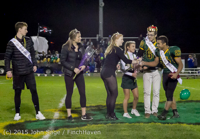 23678 VIHS Homecoming Court and Parade 2015 101615