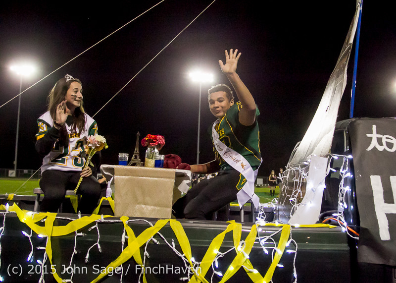 23742 VIHS Homecoming Court and Parade 2015 101615