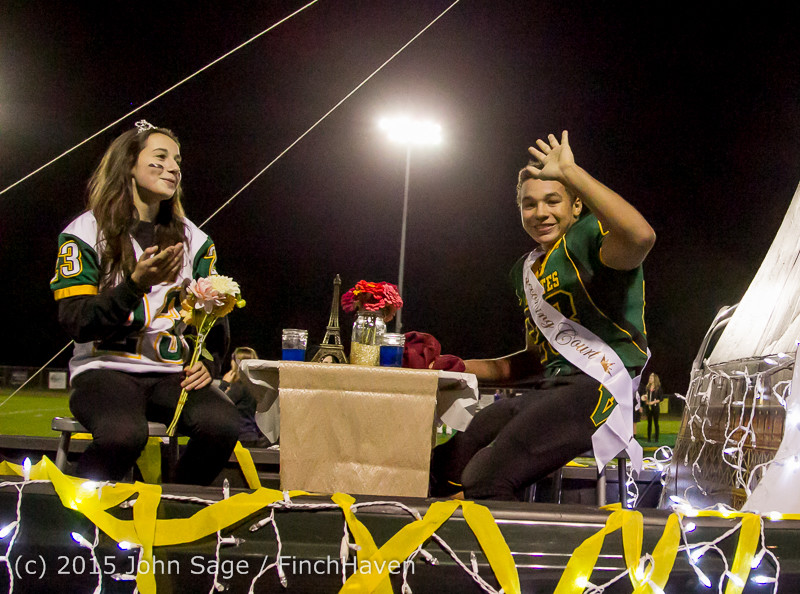 23745 VIHS Homecoming Court and Parade 2015 101615