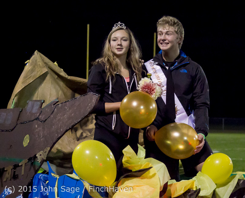 23825 VIHS Homecoming Court and Parade 2015 101615