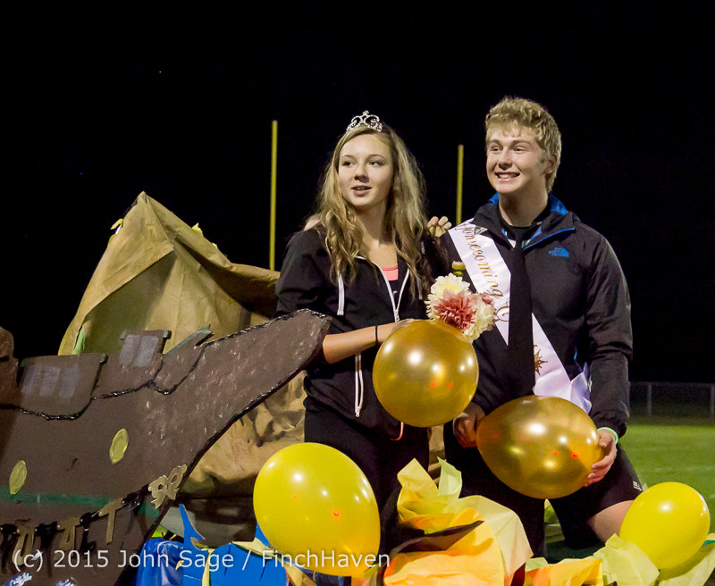 23827_VIHS_Homecoming_Court_and_Parade_2015_101615